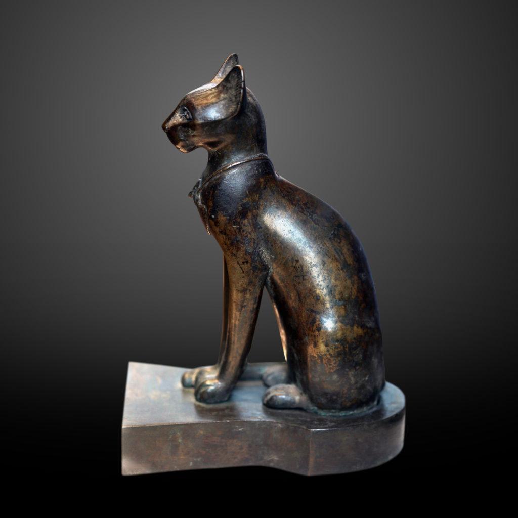 エジプトの猫像